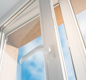 Okna PCV, okna drewniane